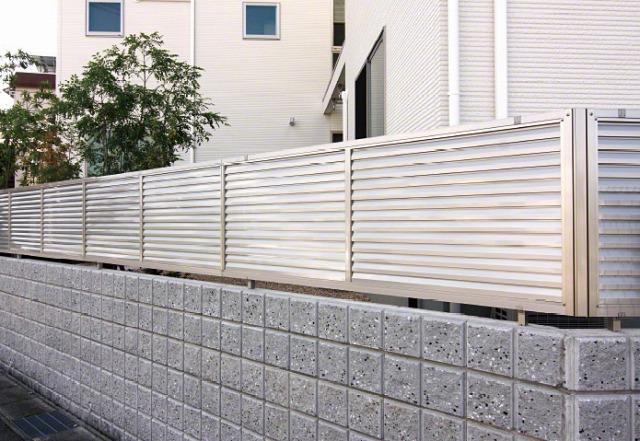 LIXIL 目隠しフェンス プレスタフェンス 8型 横ルーバー