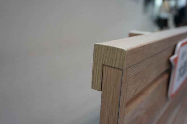 LIXILフェンスAA キャップも木調化のこだわり