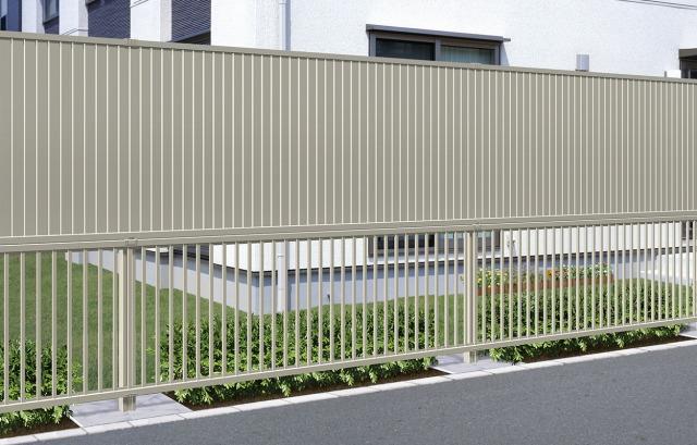 フェンスを検討するとき、高さを調整すべし