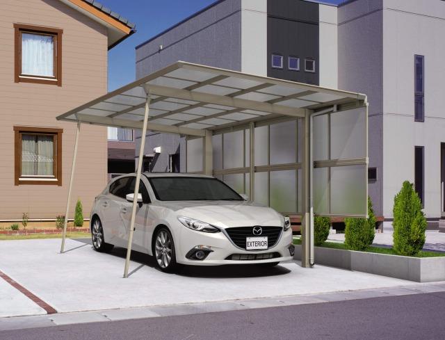 駐車場のカーポートサポート柱を取り付ける