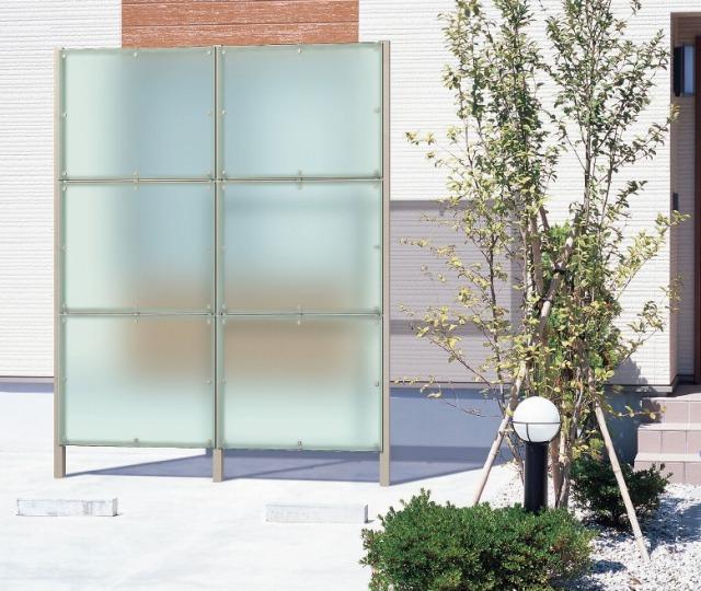 お隣さんの窓からキッチンが丸見え:予算10万円リフォーム