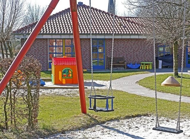 安全基準という意味では、幼稚園・こども園が一番エクステリアにシビア