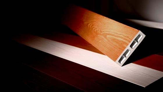 彩木ウッドデッキは丁寧な塗装で自然な色むらを再現