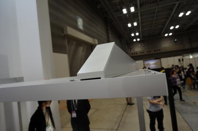 実際の展示商品の写真(屋根は薄くたった4cmの厚み)