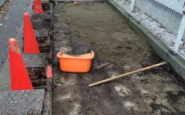 ロッキング diy インター DIYで庭作り レンガの敷き方(準備編)